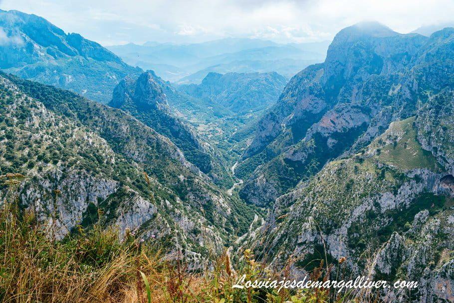 Vistas desde el mirador de Santa Catalina en Cantabria - Los viajes de Margalliver