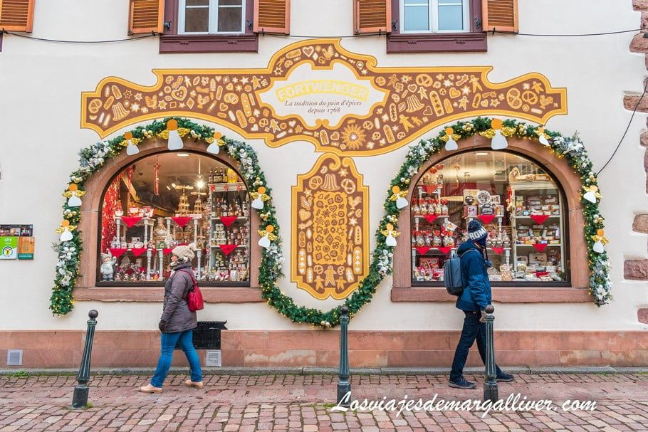 fachada de la tienda Fortwenger, una de las más bonitas de Kaysersberg en Navidad - Los viajes de Margalliver
