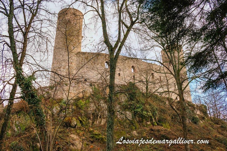 Castillo de Andlau visto desde abajo - Los viajes de Margalliver