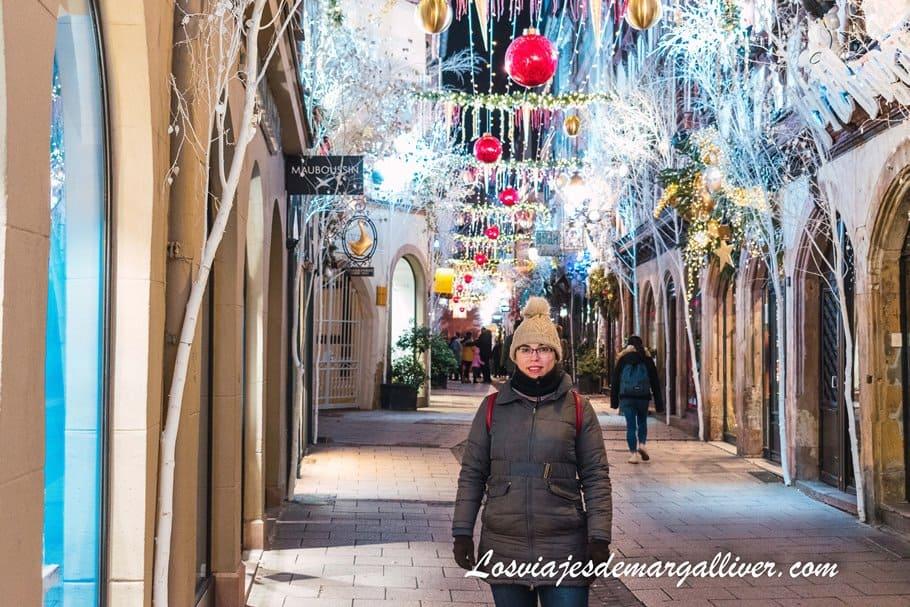 la Rue des Orfèvres decorada e iluminada en Navidad en Estrasburgo - Los viajes de Margalliver