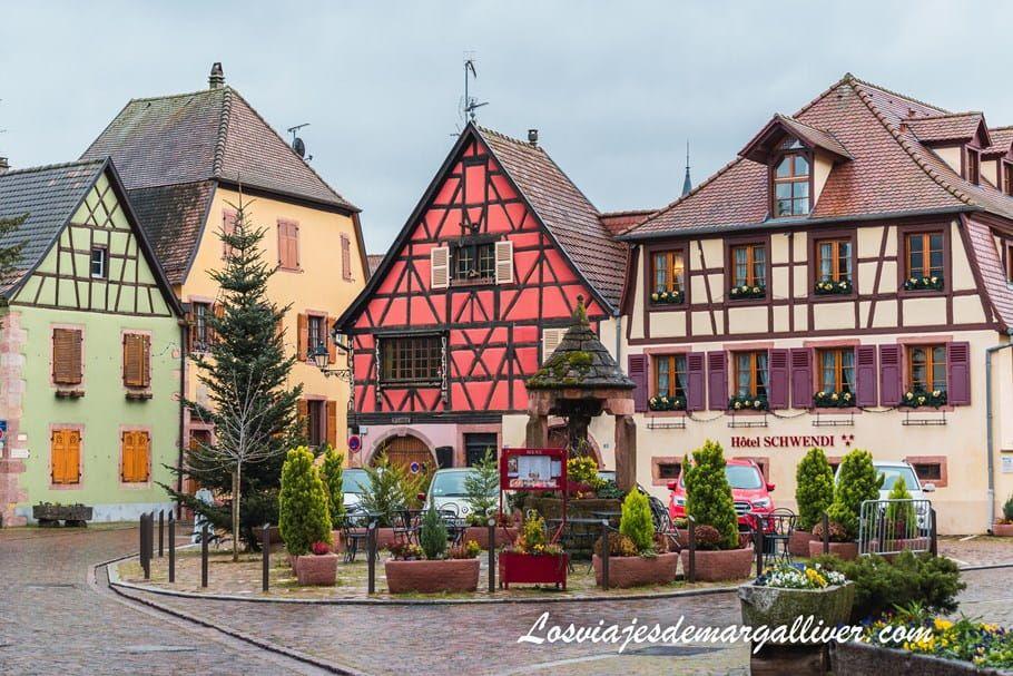 Uno de los rincones más coloridos y bonitos de Kientzheim - Los viajes de Margalliver