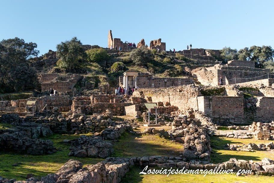 Vista panorámica del yacimiento arqueológico de Muniga - Los viajes de Margalliver