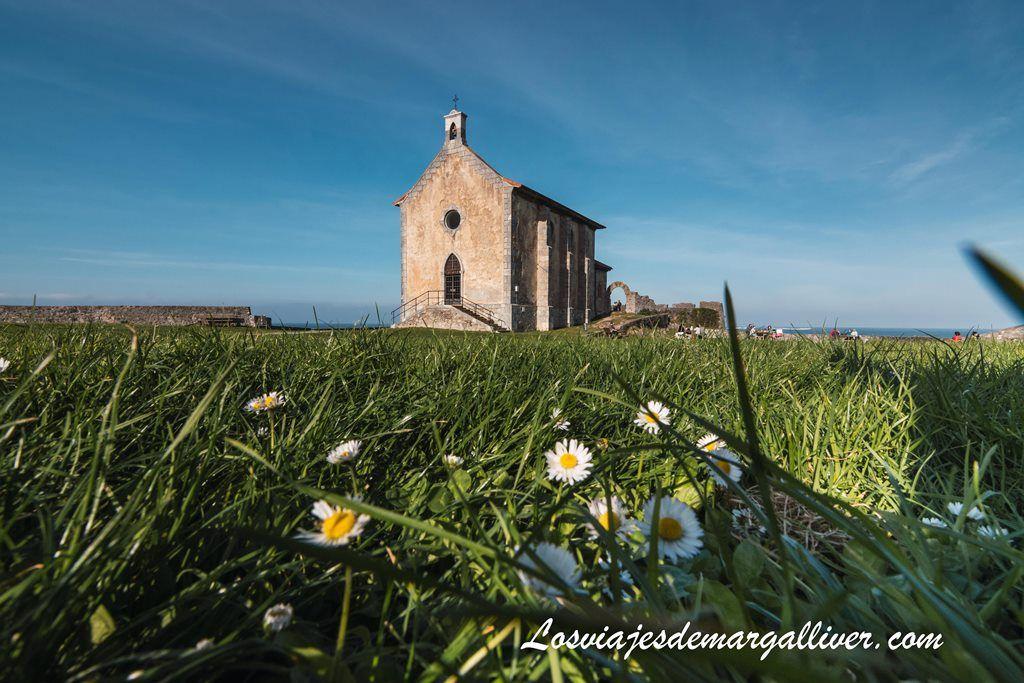 Ermita de Santa Catalina en Munkada, escapada por el País Vasco - Los viajes de Margalliver