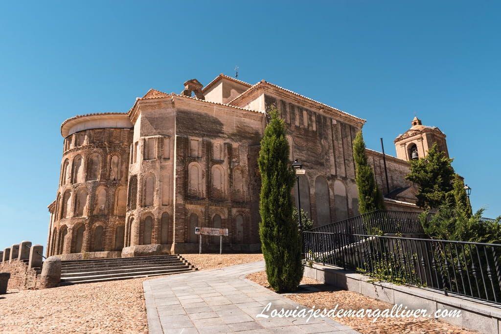Iglesia de Santa María del Castillo en Madrigal de las Altas Torres, en la ruta de Isabel la Católica - Los viajes de Margalliver
