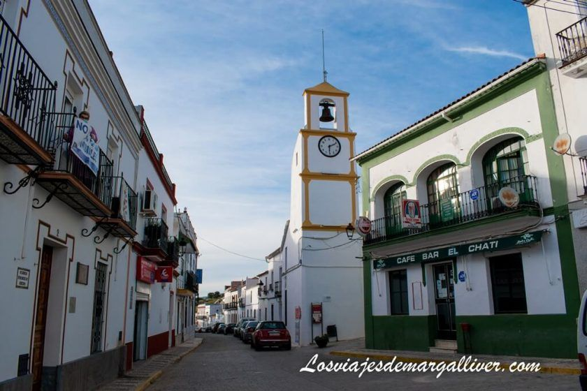 Torre del Reloj en el Real de la Jara, Sevilla - Los viajes de Margalliver