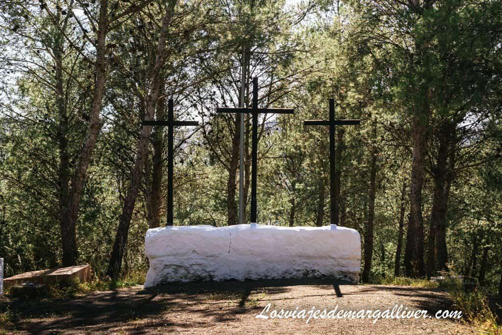 Mirador de las 3 cruces en Iznájar - Los viajes de Margalliver