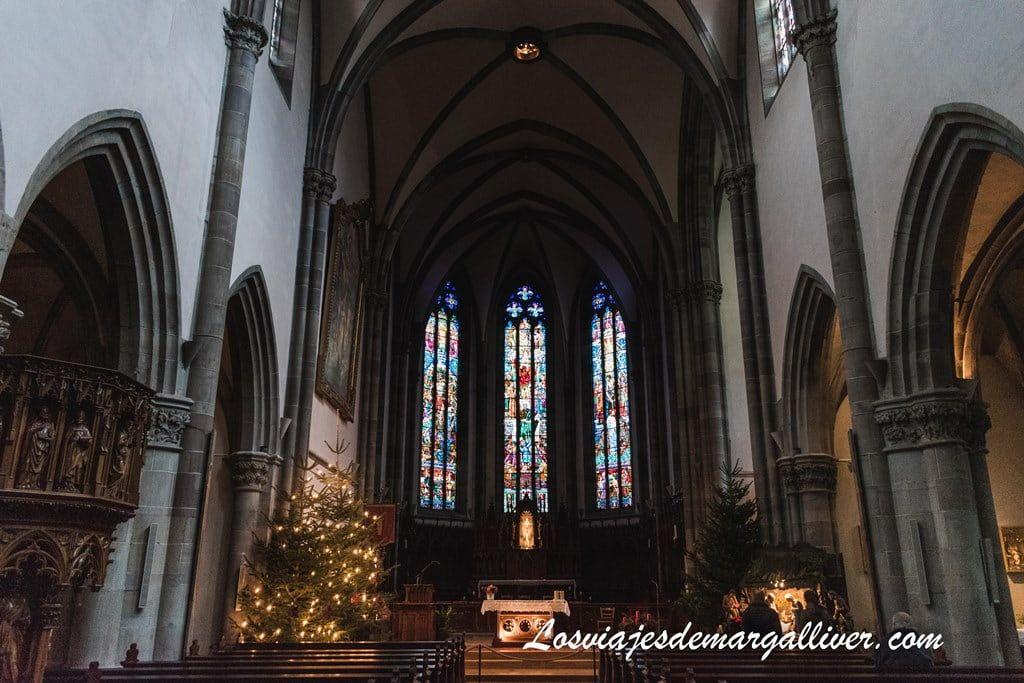 Interior de la Iglesia de San Gregorio en Ribeauvillé - Los viajes de Margalliver