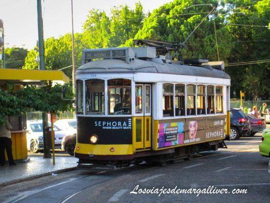El tranvía 28 en Lisboa - Los viajes de Margalliver