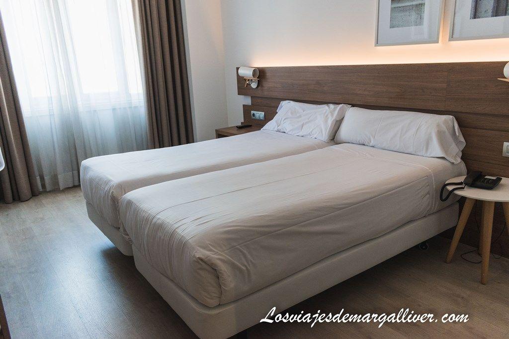 Habitación doble del Hotel Gelmírez en Santiago de Compostela - Los viajes de Margalliver