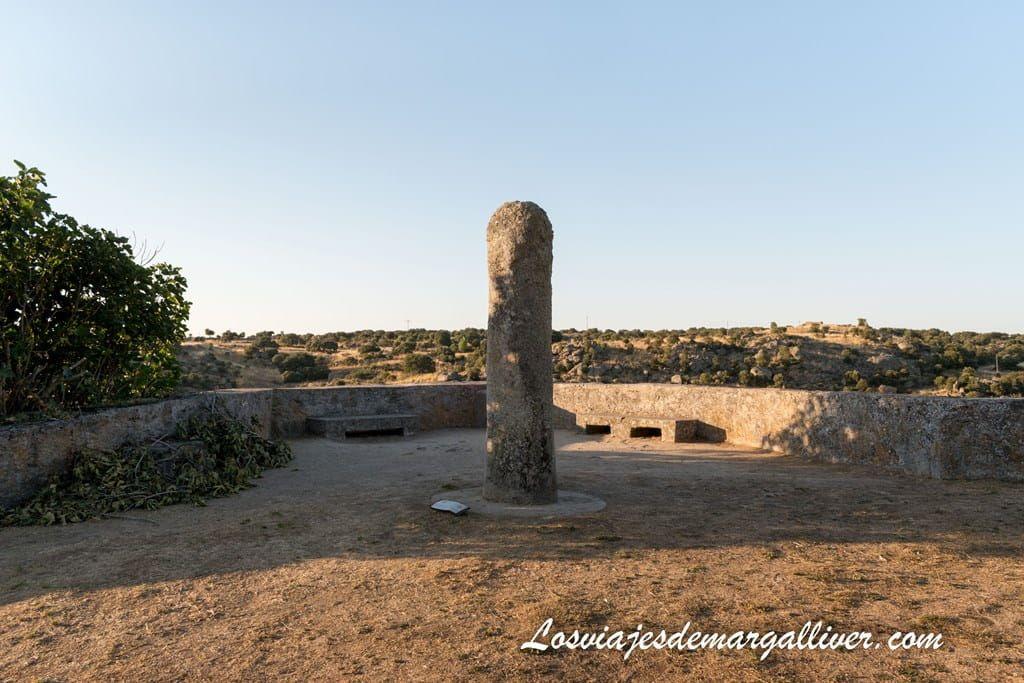 Menhir de Ledesma - Los viajes de Margalliver