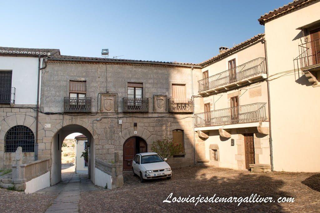 Palacio de Beltrán de la Cueva situado en la plaza mayor de Ledesma - Los viajes de Margalliver
