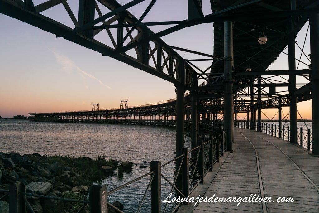 Puente de Río Tinto al atardecer en Huelva, ruta por la provincia de Huelva - Los viajes de Margalliver