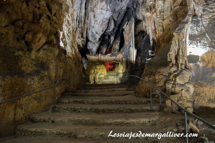 Ruta en coche por Mallorca, Puerta del purgatorio de las cuevas de Artá - Los viajes de Margalliver